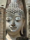 Visiting serene Thai temples